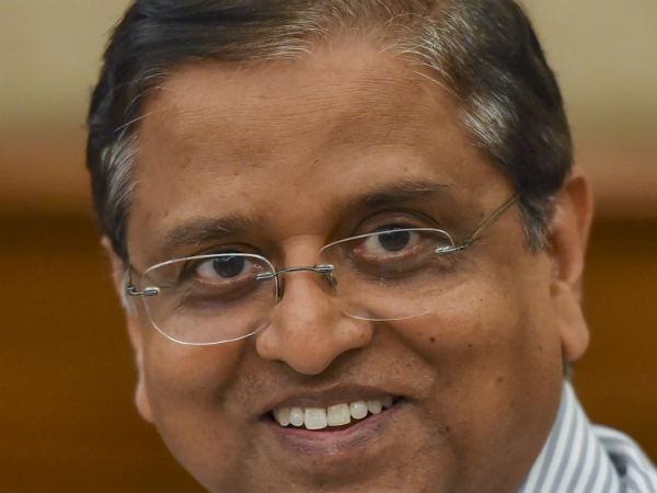 'ಕೇಂದ್ರದ ತೆರಿಗೆ ಸಂಗ್ರಹ ಗುರಿಗಿಂತ  2.5 ಲಕ್ಷ ಕೋಟಿ ಕಡಿಮೆ ಆಗಬಹುದು'