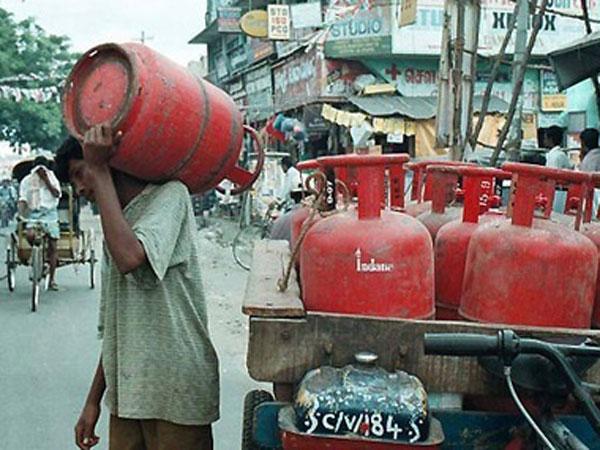 ಗ್ಯಾಸ್ ಸಿಲಿಂಡರ್ ರೀಫಿಲ್ ಬುಕಿಂಗ್ ಪೋರ್ಟಬಿಲಿಟಿ: ವಿತರಕರನ್ನು ಆಯ್ಕೆ ಮಾಡಿ