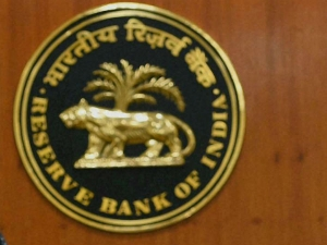 Cbi Arrests Rbi Official Illegal Currency Exchange