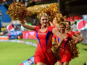 How Cheerleaders Earn Money What Is Their Salary Ipl