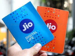Jio Introduces Rs 24 Rs 54 Sachet Packs Jio Phone Users