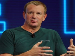 Whatsapp Co Founder Tweets It Is Time Delete Facebook