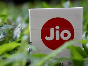 Reliance Jio S Next Offer 100 Mbps Broadband Calls Video