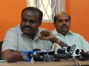 Lakh House Construction Farmers Loan Waiver Kumaraswamy