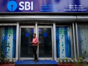 Sbi Cards Plans Launch 4 New Products This Fiscal