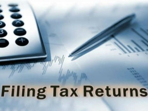 Deadline File Income Tax Return Extended August