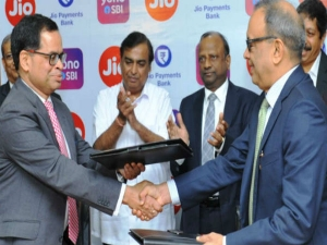 Reliance Jio Sbi Tie Up Digital Banking Service