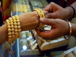 Today Gold Silver Price Falled