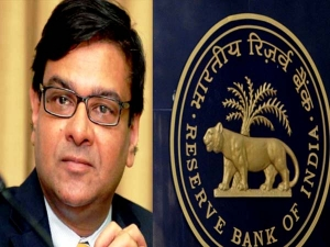 Rbi Surprises Markets Holds Repo Rate At 6 5 Rupee Value