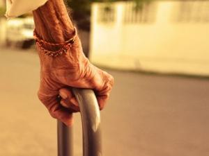 Sc Asks Centre Increase Pension Amount Senior Citizen