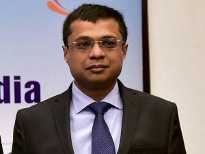 Sachin Bansal Invests 150 Crore Ola Boost Bhavish Aggarwal