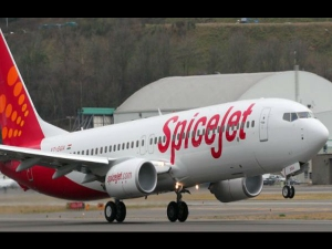 Spicejet To Hire Up To 2 000 Jet Airways Staff Says Ajay Si