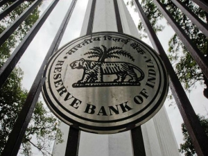 Rbi Will Not Issue New Banking License For 2 3 Years