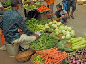 Wpi Inflation Falls To 3 07 In April On Cheaper Fuel Food