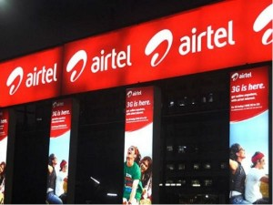 Airtel Bharti Axa Life Tie Up To Offer Pre Paid Plan
