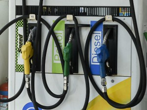 Petrol Prices Unchanged Today Top Cities Fuel Prices Here
