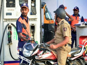 Today S Petrol Diesel Rate Diesel Price Crossed 80 Rs In Delhi