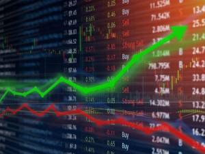 Sensex Gains 500 Points Yes Bank Rises 60 Percent