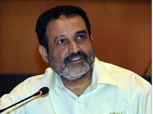 It Services Companies To Suspend Hirng This Year Said Mohandas Pai