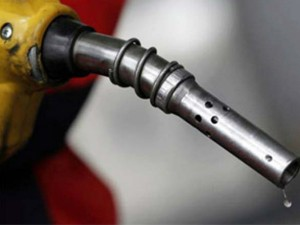 Oil Prices Rise Again Petrol 5 Paise And Diesel Price 13 Paise Hike