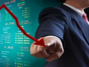 U S Economy Shrank 33 Percent In Last Quarter