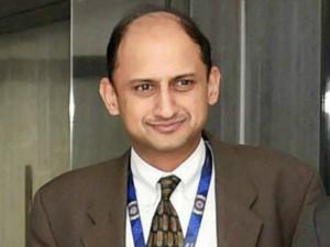 Rbi Diluting Financial Stability Measures Says Former Rbi Deputy Governor Viral Acharya