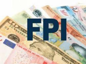 Fpi July Net Inflow In India 3301 Crore